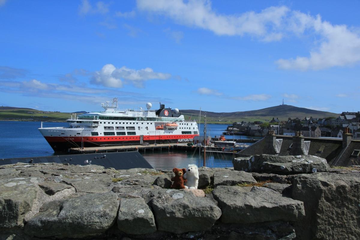 31.05.11 – Lerwick, Shetland-Inseln: Jarlshof und Inselrundfahrt